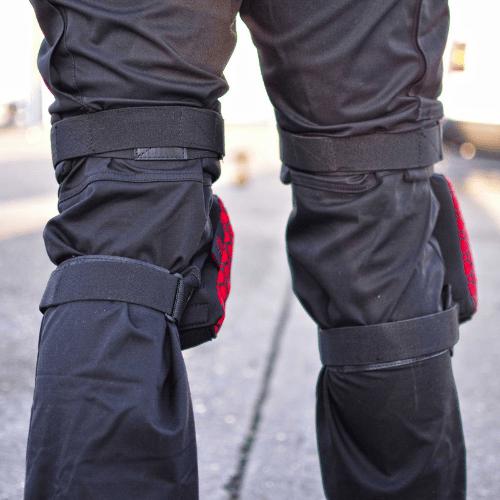 redback kneepads back